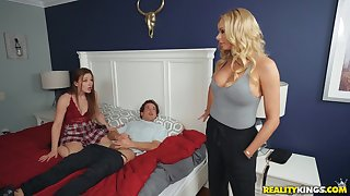 Lucky perv fucks his girlfriend and her hot mom
