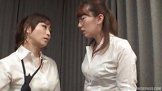 Nerdy Japanese lesbian Yuu Kawakami fingers her friend's pussy