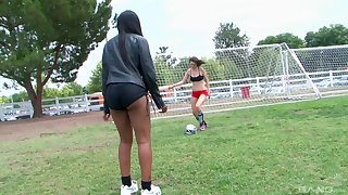 Soccer lesbians Madison Blaze and Nikki Ford lick pussies after a game