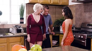 Take charge blonde housewife Dee Williams loves having senseless steamy MFF triad